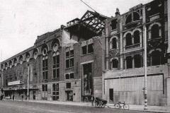 Le Old Vic Centre après un bombardement en 1941